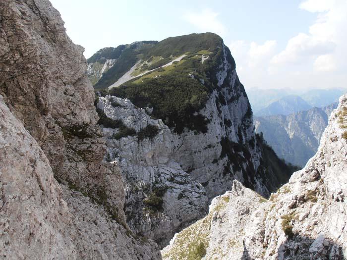 Traversata M. Castello M. Raut P8210075